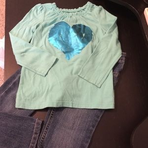 CUTE GIRLS OUTFIT. SIZE 4T.